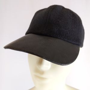 Coach Leather/Wool baseball cap